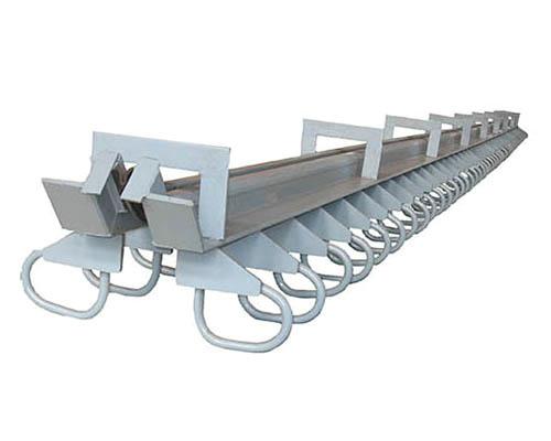 橋(qiao)梁伸縮縫施工